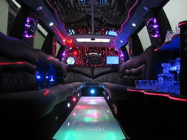 Lodz Ł 211 DŹ Largest Limousine Service Hummer Stretch